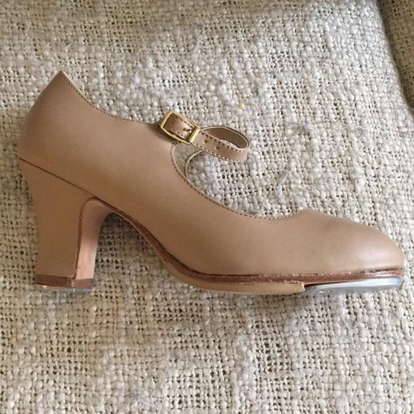 Capezio Manhattan Xtreme Tap Shoes Size